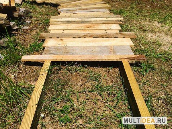 Как сделать дорожки из досок на даче
