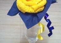 Роза из салфеток для украшения стола
