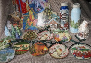 Новогодние сувениры и игрушки / New years gifts and toys