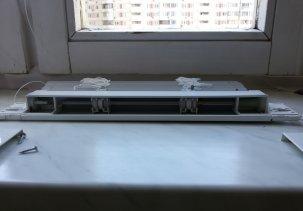 Как снять горизонтальные жалюзи с окна