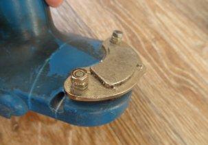 Шуруповерт и неодимовый магнит - удобный держатель
